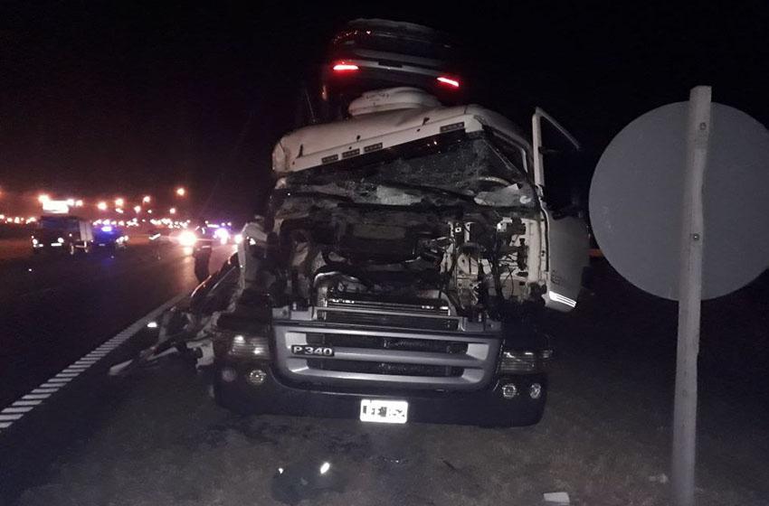 Accidente-de-camiones
