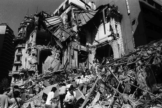 el-ataque-a-la-embajada-de-israel-2372744w620